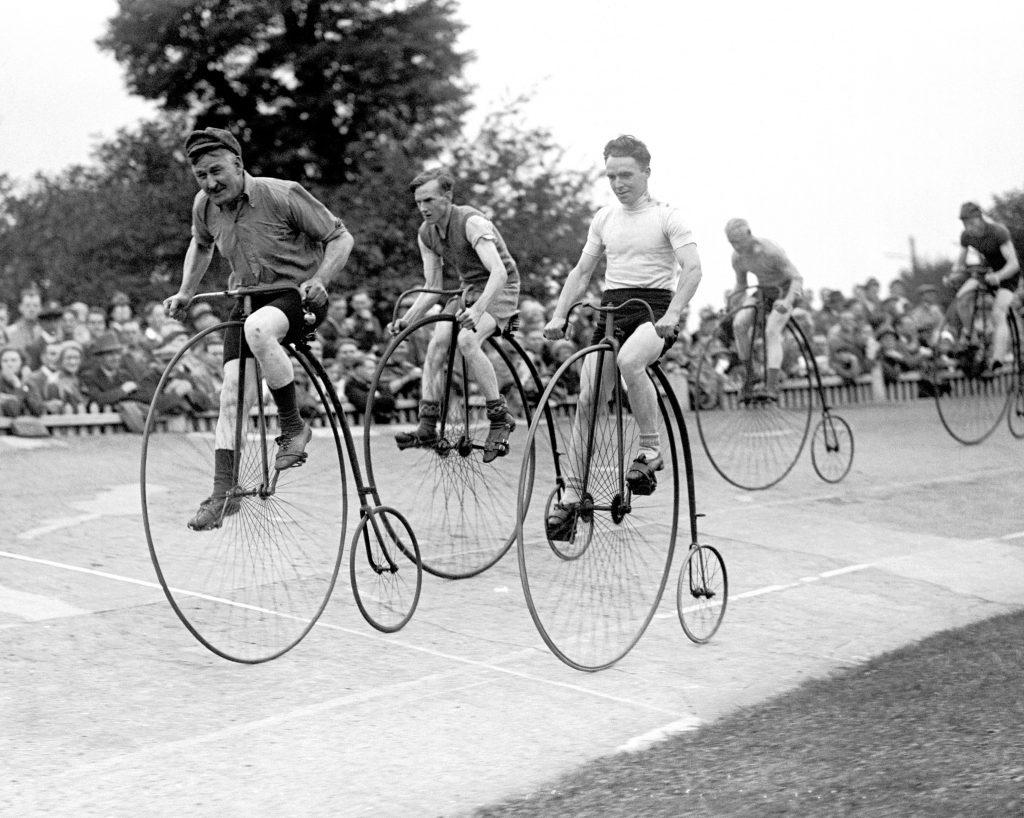 Bicicletas Penny Farthing, precursoras de las bicicletas fixie. bicicletas de piñón fijo, bicicletas fixie