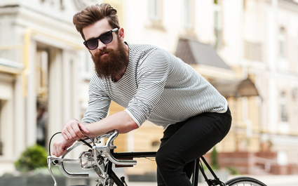 hipster y bici fixie
